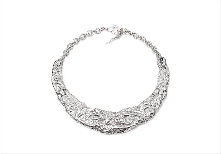 Collana in argento della collezione Petra