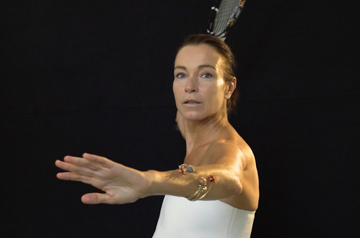 Stefania Rocca con i gioielli di futuroRemoto