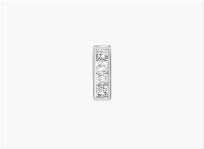 PIercing con quattro diamanti su oro bianco