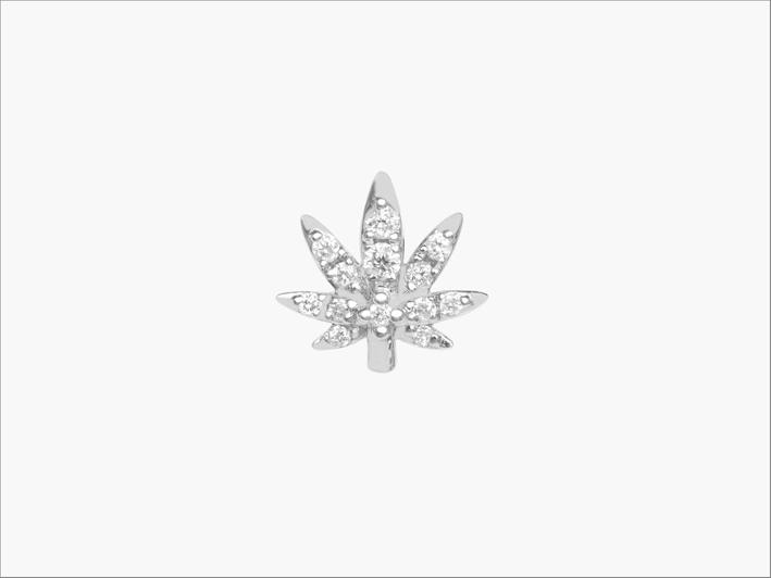 Piercing a forma di foglia di canapa con diamanti