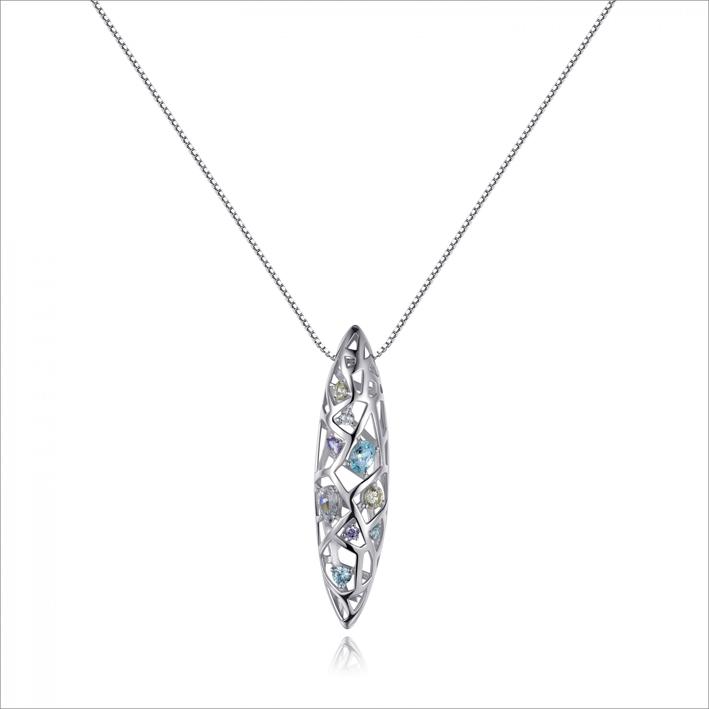 Collana con pendente in argento e zirconia cubica