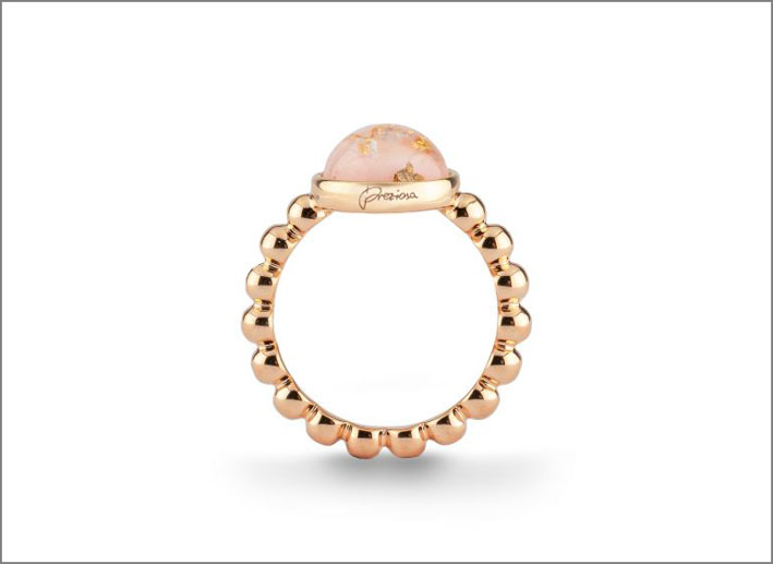 Anello in argento placcato oro con quarzo rosa cabochon