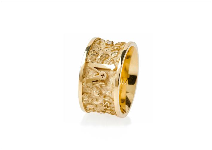 Anello Itinere in oro giallo 18 carati con diamanti bianchi