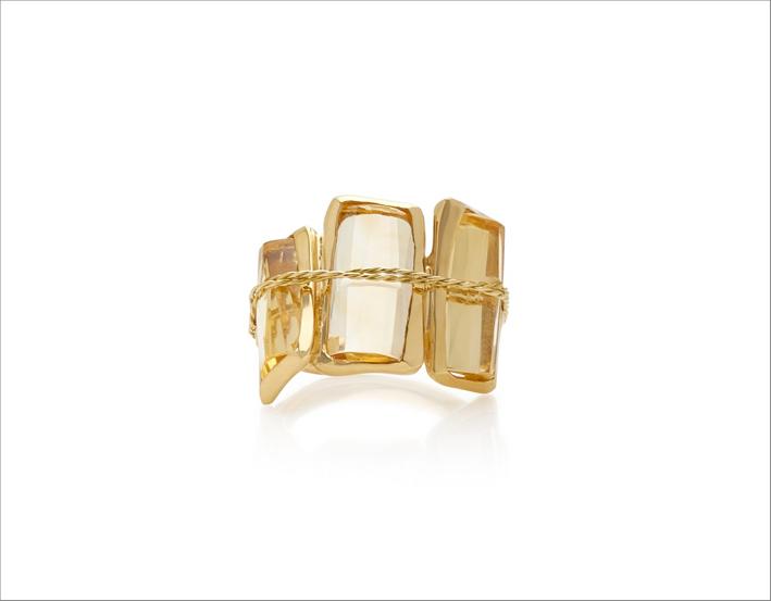 Anello Tucum III in oro 18 carati e quarzo