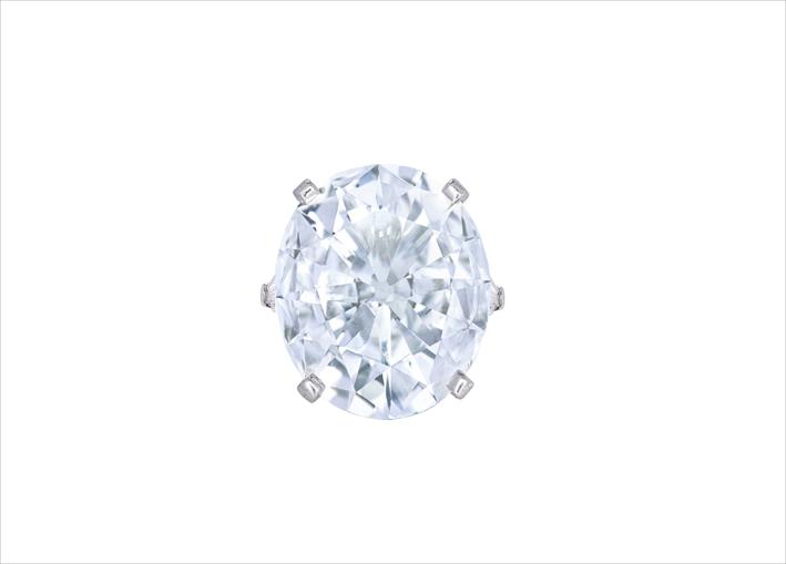 Anello con diamante ovale di 22,11 carati in platino e oro di Graff