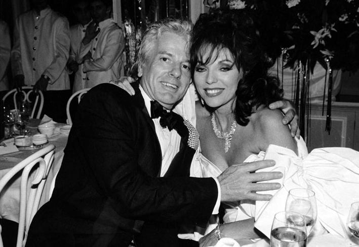Joan Collins assieme a Nicky Haslam
