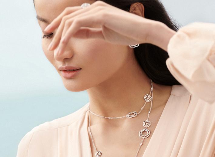 Collezione Piaget Rose, collana indossata