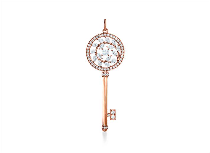 Pendente a chiave in oro rosa e diamanti