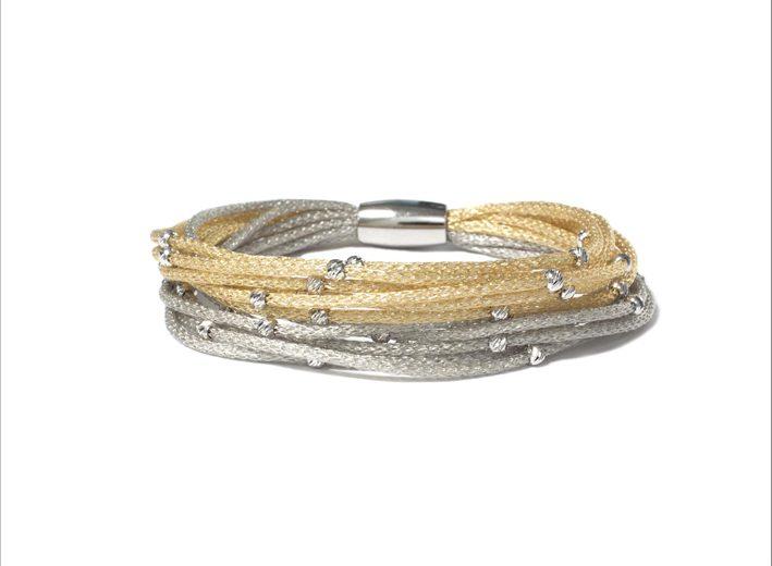 Bracciale della collezione Venere Bicolore con oro giallo e rodio con boule diamantate
