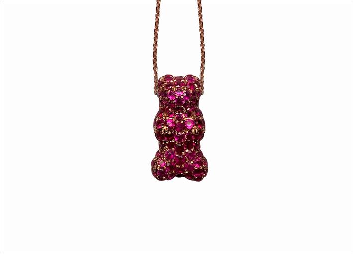Gummy Bear in oro rosa e rubini