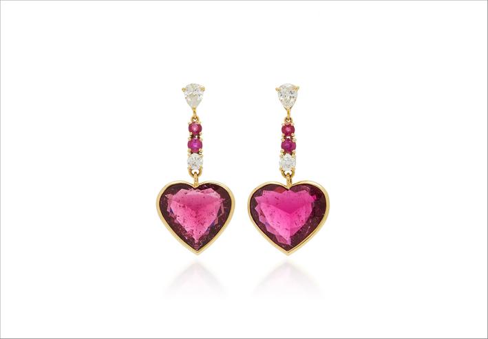Orecchini in oro 18 carati, diamanti, rubellite e rubino