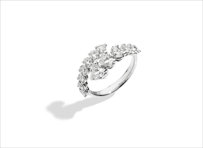 Recarlo, anello con diamanti a cuore