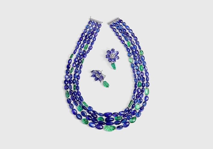 Set di collana e orecchini con tanzanite e smeraldi