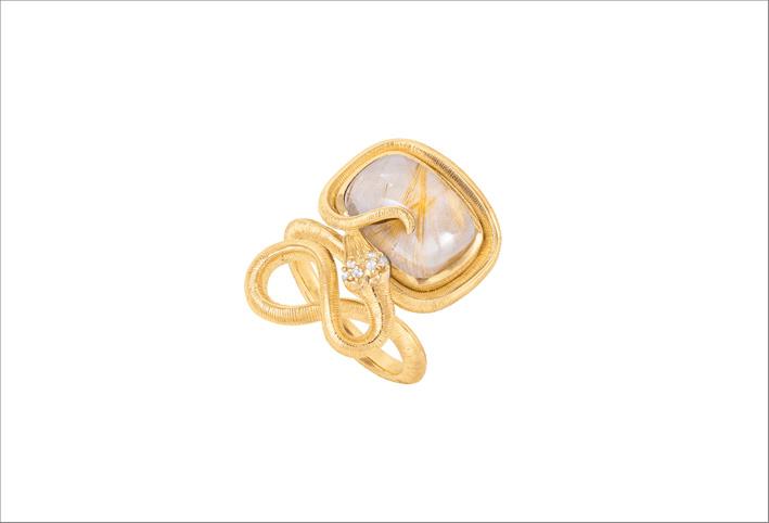 Anello Snake in oro giallo, quarzo rutilato e diamanti