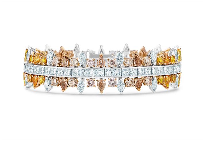 Bracciale Motlatse Marvel, composto da 158 diamanti per un totale di 26,98 carati