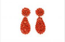 Orecchini a cluster di corallo rosso