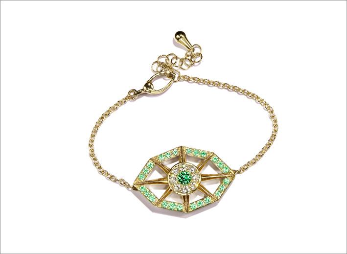Bracciale in oro giallo, diamanti, tsavorite e smeraldo