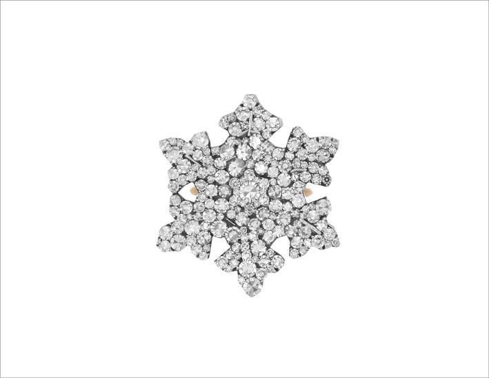 Anello con diamanti di Jar a forma di cristallo di neve