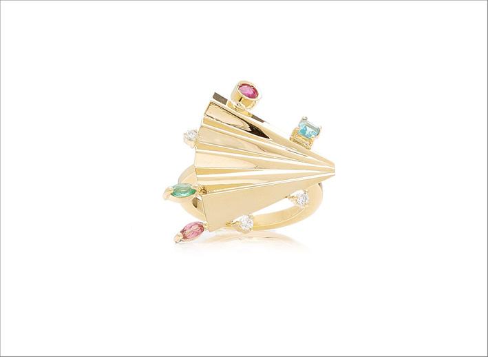 Anello in oro giallo 18 carati con rubino, apatite, smeraldo, tormalina e diamanti