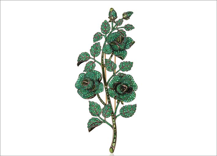 Spilla con smeraldi e tormaline