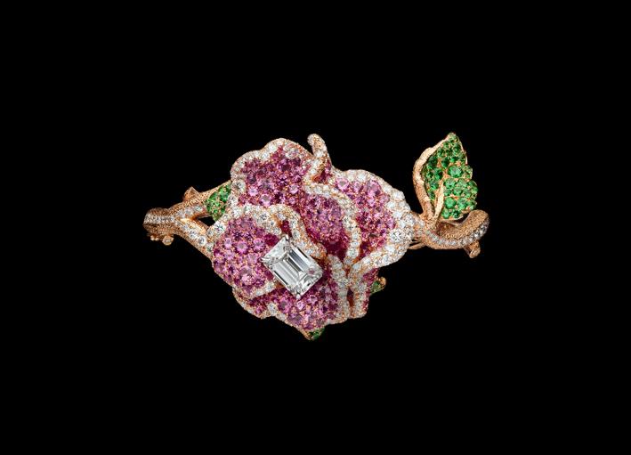 Bracciale-orologio segreto in oro rosa e bianco, diamanti, zaffiri rosa e tsavorite