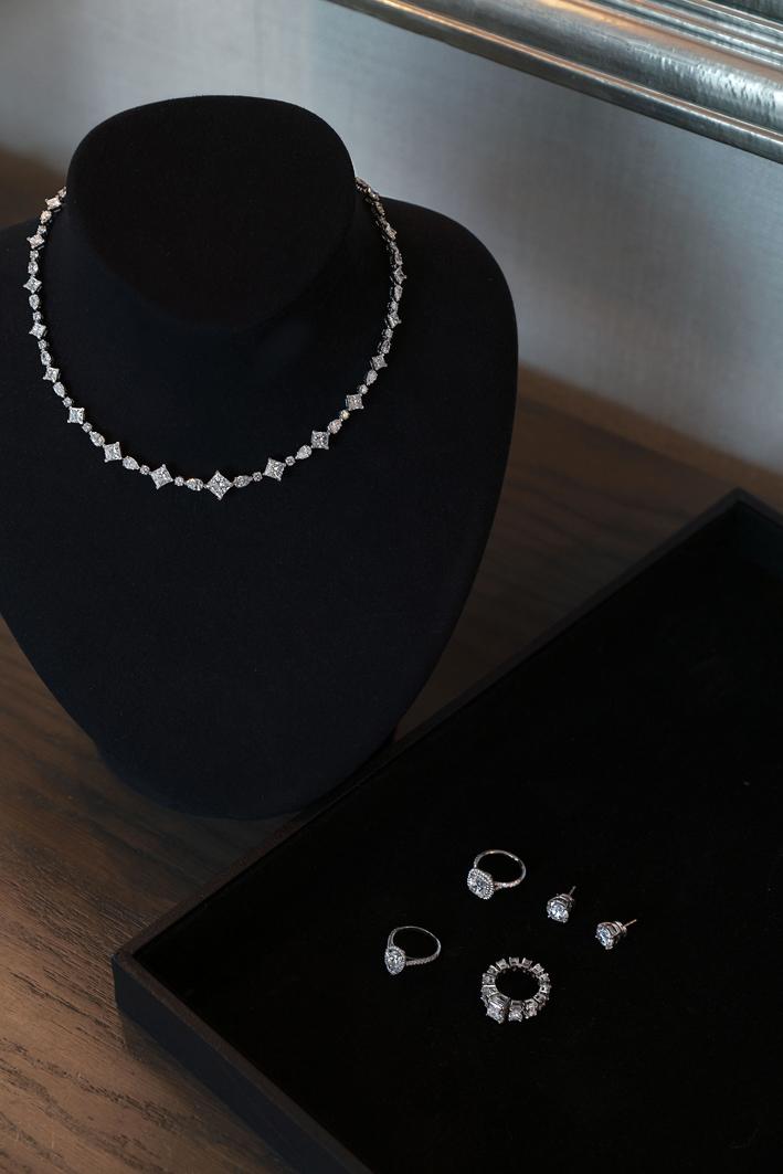 I gioielli di Tiffany indossati da Anya Taylor-Joy. Photo Credit: Nolan Zangas