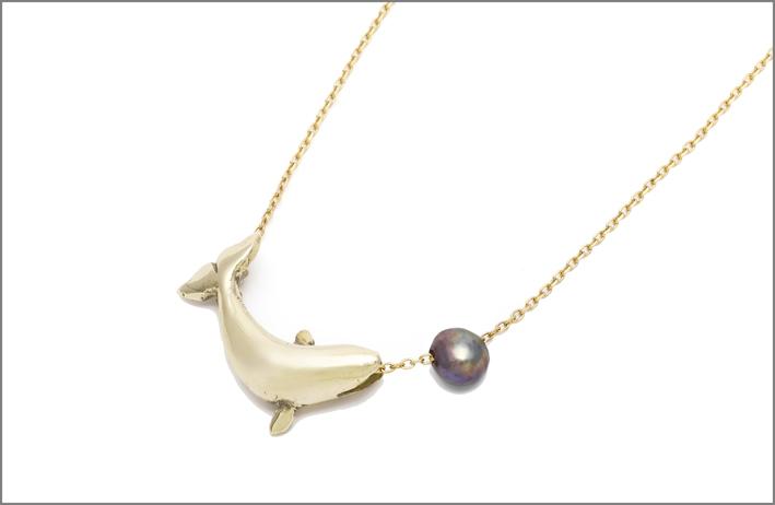 Collana balena con perla