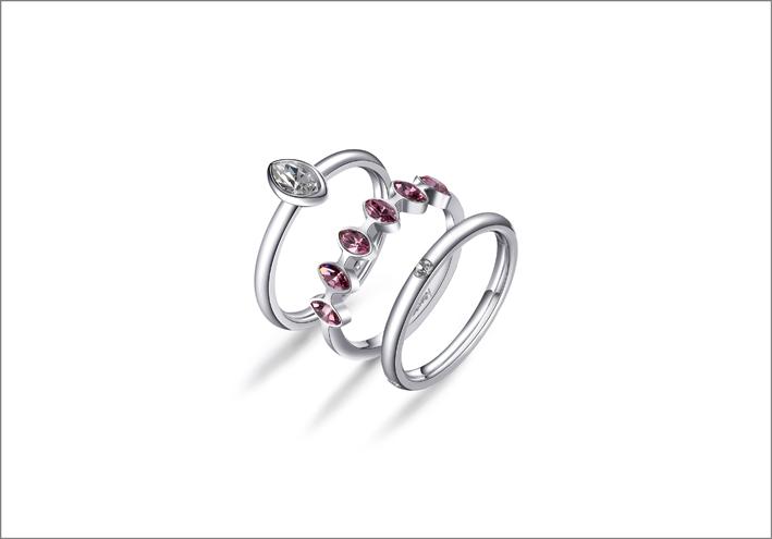 Set di anelli in acciaio e cristalli