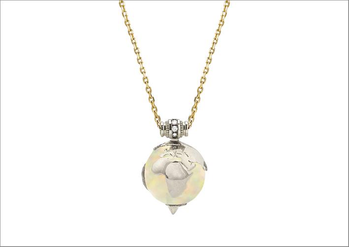Collana in oro, diamanti, opale etiope