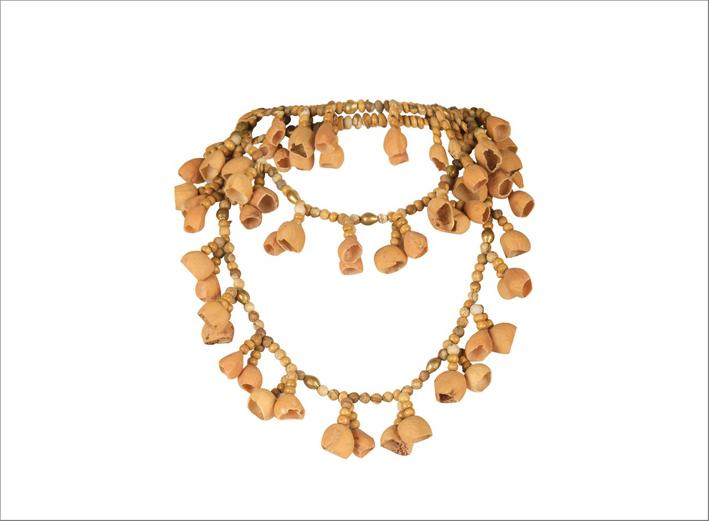 Collana in ottone con perline di diaspro