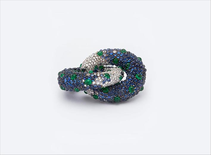 Orecchini con smeraldi dello Zambia, zaffiri birmani, diamanti