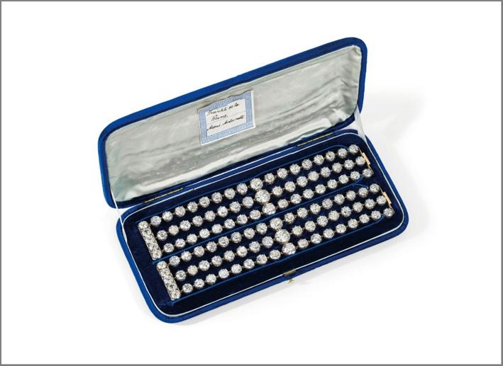 I bracciali con diamanti appartenuti a Maria Antonietta