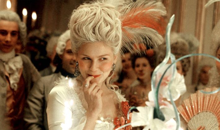 Kirsten Dunst interpreta Maria Antonietta nel film di Sofia Coppola